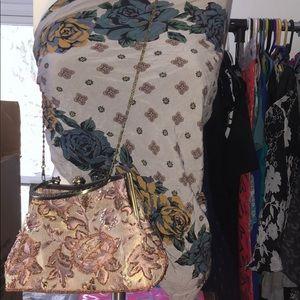 Handbags - Vintage Beaded clutch